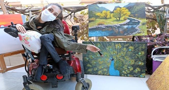 SMA Tip 2 hastası genç kızın çizdiği resimleri görenler gözlerine inanamıyor