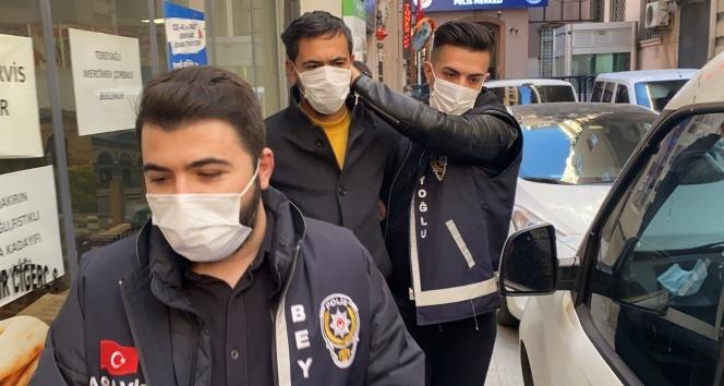Beyoğlu'nda korkunç cinayetin katil zanlısı adliyeye sevk edildi