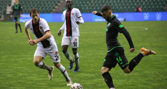 Fatih Karagümrük: 2 - İH Konyaspor: 1   Maç sonucu