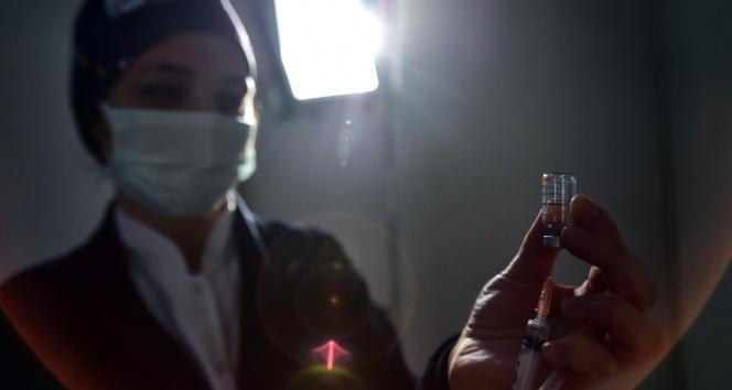 İsveç ve Danimarka, Johnson & Johnson Covid-19 aşısının kullanımını askıya aldı