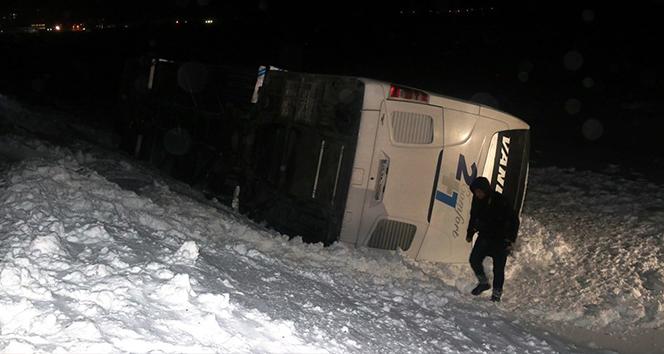Bitlis'te tipi nedeniyle meydana gelen kazalarda 5 kişi yaralandı