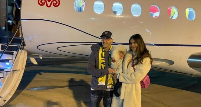 Mesut Özil İstanbul'a geliyor!