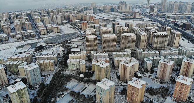 İstanbul'da kar manzarası havadan görüntülendi
