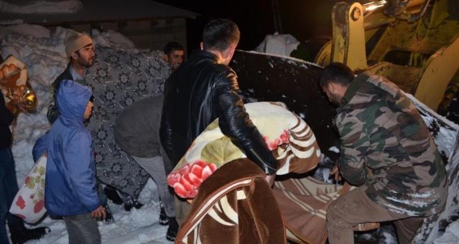 Şırnak'ta 5 saatlik hasta kurtarma operasyonu