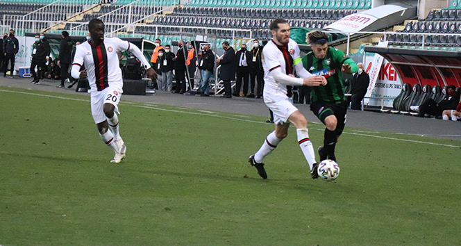 Süper Lig: Y. Denizlispor: 1 - F. Karagümrük: 2