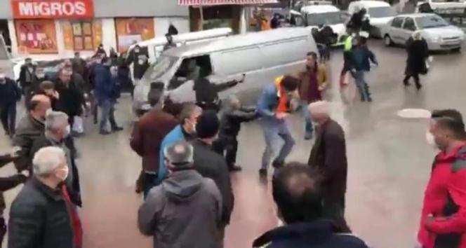Otobüsçülerin tartışması arbedeye dönüştü 11 kişi gözaltına alındı