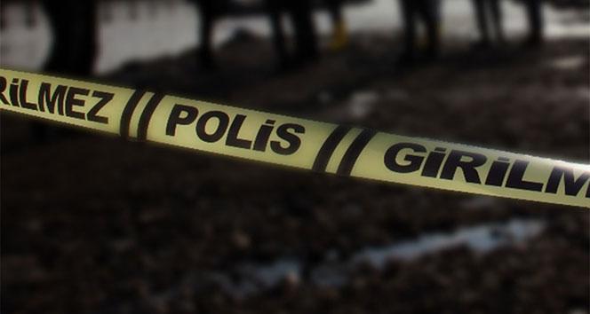 Cinnet getirdi, eşi ve çocuklarını bıçakladı: 1 ölü, 3 yaralı