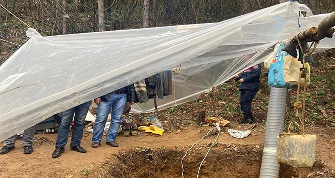 Sarıyer'de defineciler 15 metre derinlikte suçüstü yakalandı