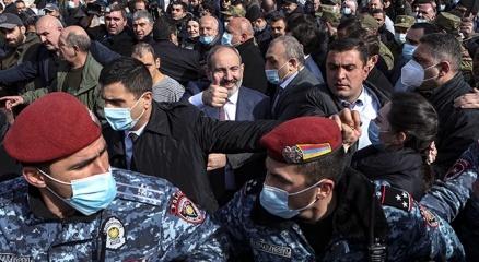 Ermenistandaki darbe girişimine dünya genelinden tepki