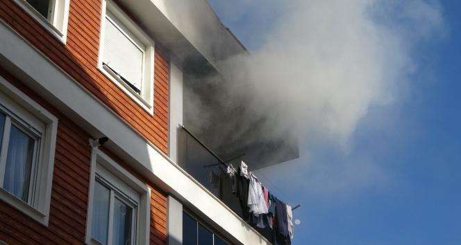 Genç kadın ev yangınında feci şekilde can verdi