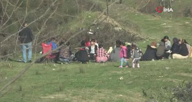 Sokağa çıkma kısıtlamasını hiçe sayıp piknik yaptılar