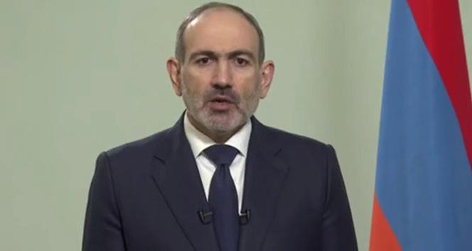 Paşinyan: 'Ermenistan halkından özür diliyorum'