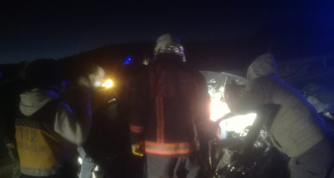 Malatya'da baba ve oğlu kazada yaralandı