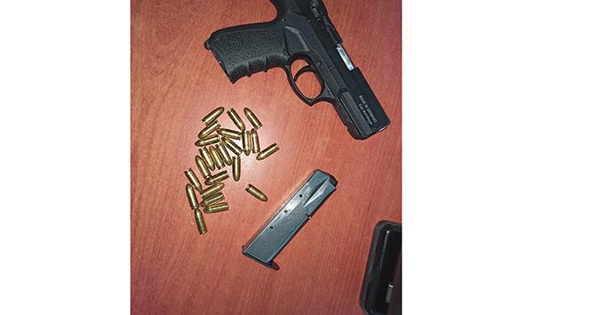 15 yaşındaki çocuğu silahla tehdit eden zanlı yakalandı