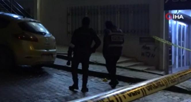 Arnavutköy'de sokağa rastgele ateş açıp kaçtılar