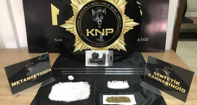 Karabük'te uyuşturucu operasyonu : 4 gözaltı