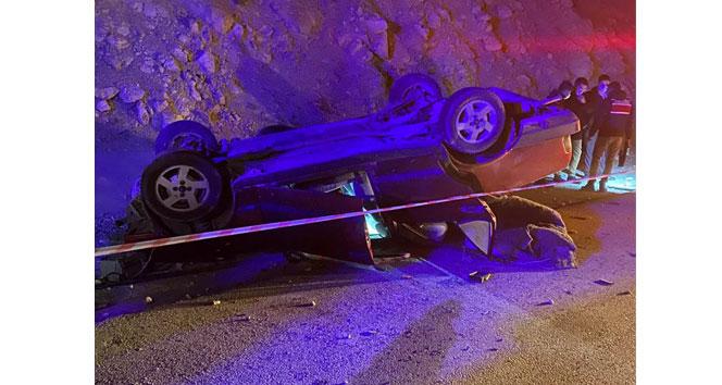 Kontrolden çıkan otomobil takla attı: 1 kişi hayatını kaybetti,1 kişi yaralandı