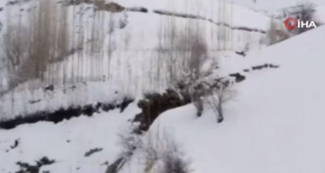 Afganistan'da çığ düştü: 14 ölü, 3 yaralı