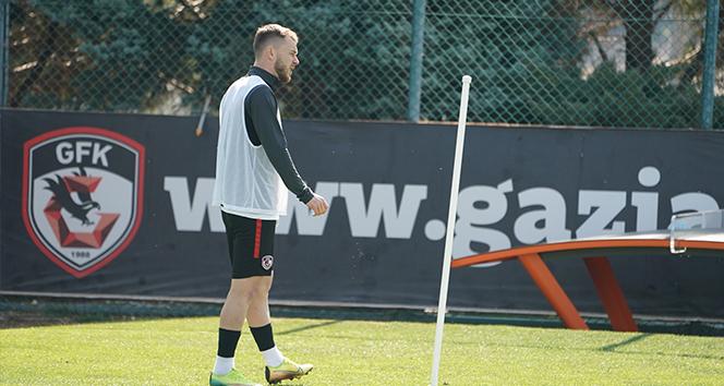 Alexandru Maxim: 'Beşiktaş maçından 3 puan alabileceğimizi düşünüyorum'