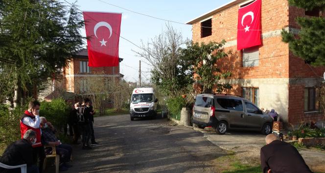 Konya'da düşen uçağın pilotu Yüzbaşı Burak Gençcelep'in babaocağında hüzün