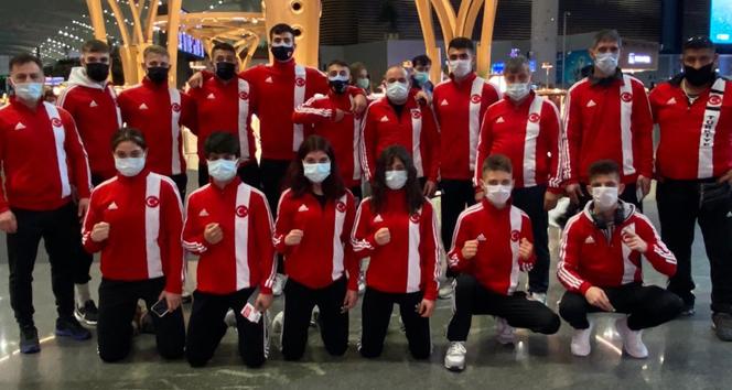Genç Boks Milli Takımı Polonya'ya gitti