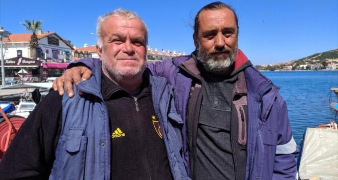 Foça'da düşen askeri uçaktaki pilotları kurtaran balıkçı o anları anlattı