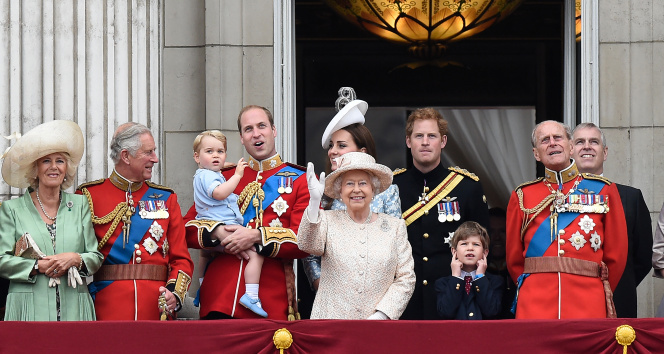 Prens Harry'den Prens Philip'e: 'Hizmet adamı ve müthiş bir şakacıydı'