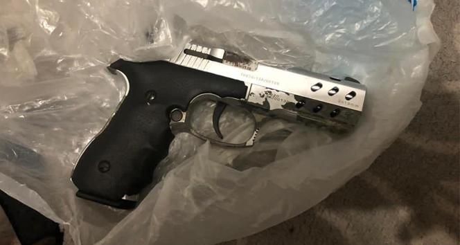 Operasyonda teröristin evinde Gara şehidinin tabancası ele geçirildi