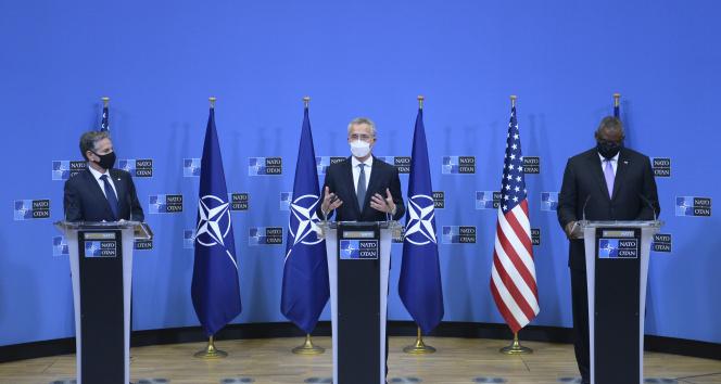 NATO Genel Sekreteri Stoltenberg: 'Bugün alınan kararla NATO Afganistan'dan çıkacaktır'
