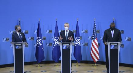 NATO Genel Sekreteri Stoltenberg: Bugün alınan kararla NATO Afganistandan çıkacaktır