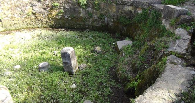 Antik dönemin havuz suyu 2 bin 200 yıldır akıyor
