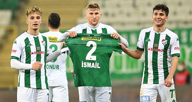 Bursasporlu futbolcular, İsmail Çokçalış'ı unutmadı