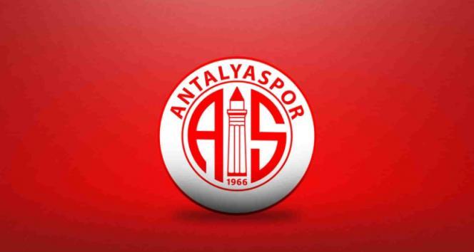 Antalyaspor'da 2 futbolcu ve bir antrenörün testi pozitif çıktı