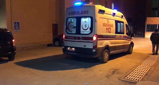 Tercan'da trafik kazası: 1 ölü, 2 yaralı