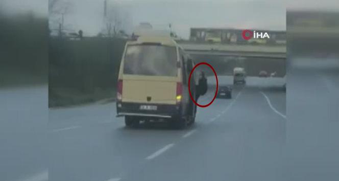 Minibüs şoförü korona virüs kurallarını hiçe saydı!