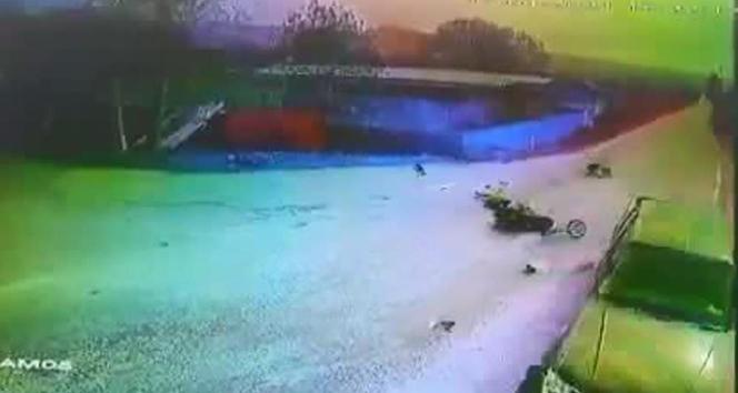 15 yaşındaki gencin hayatını kaybettiği feci kaza kamerada