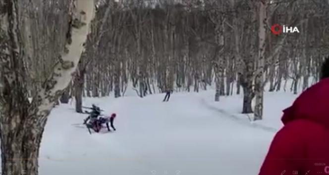 Rusya'da ağaca çarpan kayakçı öldü
