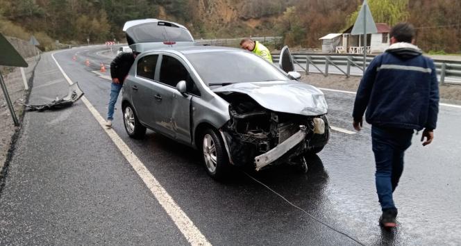 Kozlu'da trafik kazası:2 yaralı