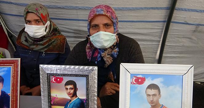 Evlat nöbetindeki acılı anne: 'Benim oğlum nereden biliyor Suriye'ye gitmeyi'