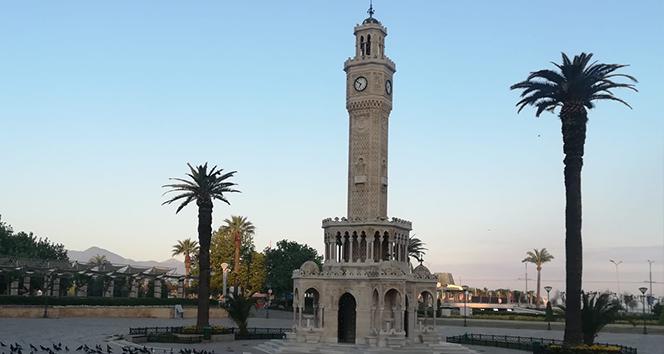İzmir'de toplu ulaşıma kısıtlamaya göre düzenleme
