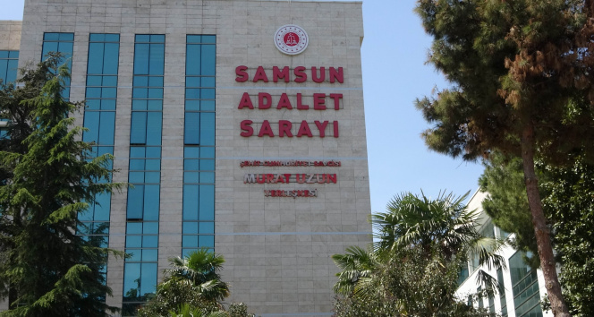 Sahte sosyal medya hesabından bakan ve AK Parti yöneticilerine hakaretten dava açılan eski savcının duruşması ertelendi