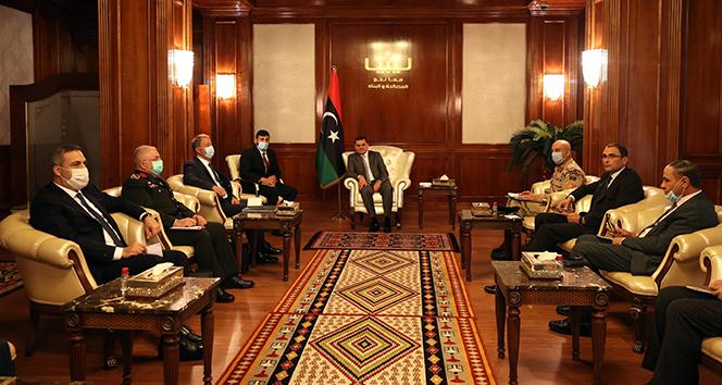 Bakan Akar, Libya Başbakanı Dibeybe ile bir araya geldi