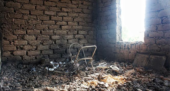 Kırgızistan-Tacikistan sınırındaki çatışmada ateş altında kalan Kırgız köyleri görüntülendi