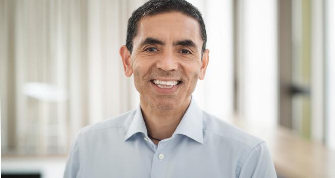 BioNTech CEO'su Şahin: 'Aşının yeni bir versiyonu geliştiriliyor'