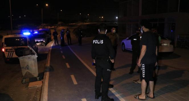 Hırsızlık şüphelisi iki kardeş bıçaklandı
