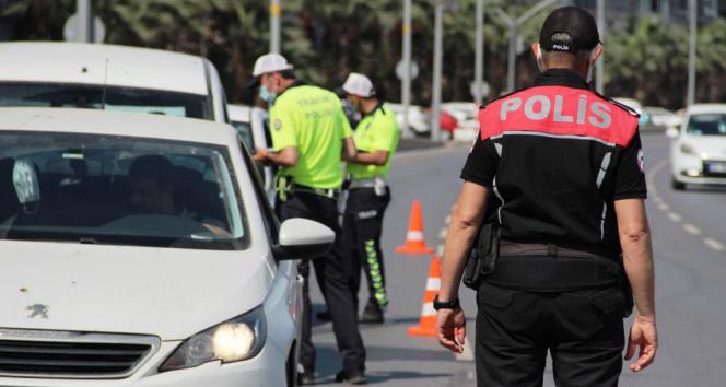 Rize'de korona virüs denetimleri kapsamında bir haftada 44 bin 26 TL para cezası uygulandı