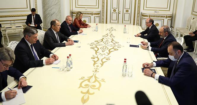 Lavrov ile Ermenistan Başbakanı Paşinyan bir araya geldi