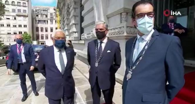 AB Liderleri, AB Sosyal Zirvesi için Portekiz'de bir araya geldi