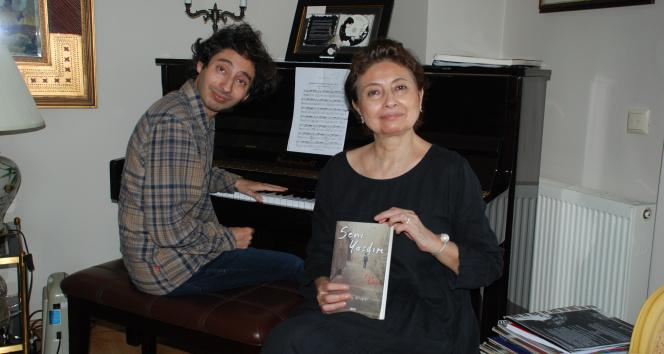 Otizmli piyanistin başarısında anne eli