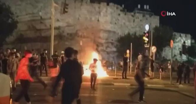 İsrail Güçleri, Şam Kapısı Önünde Filistinlilere Müdahale Etti